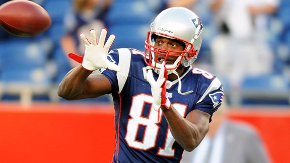 Randy Moss says he 'cussed out' Bill Belichick during Patriots trade