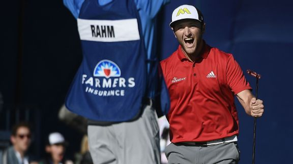 Jon Rahm hits 60 foot putt to win at Torrey Pines