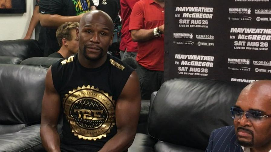 Floyd Mayweather, Conor McGregor to wear 8-ounce, not 10-ounce, gloves