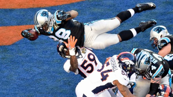 PHOTO: Jonathan Stewart of the Carolina Panthers dives for a 1-yard touchdown during the second quarter of Super Bowl 50 against the Denver Broncos at Levi's Stadium on Feb. 7, 2016 in Santa Clara, Calif.