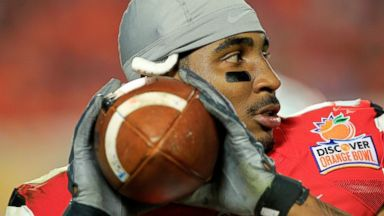 PHOTO: Braxton Miller of the Ohio State Buckeyes warms up prior to the start of the second of the Discover Orange Bowl January 3, 2014 in Miami Gardens, Florida.