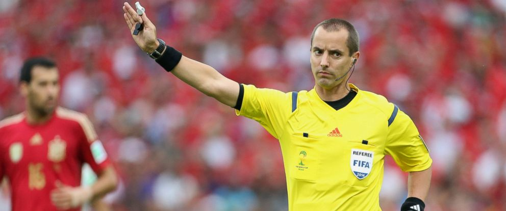 PHOTO: US referee Mark W. Geiger in action during the 2014 FIFA World Cup Brazil match between Spain and Chile at Estadio Maracana on June 18, 2014 in Rio de Janeiro, Brazil.