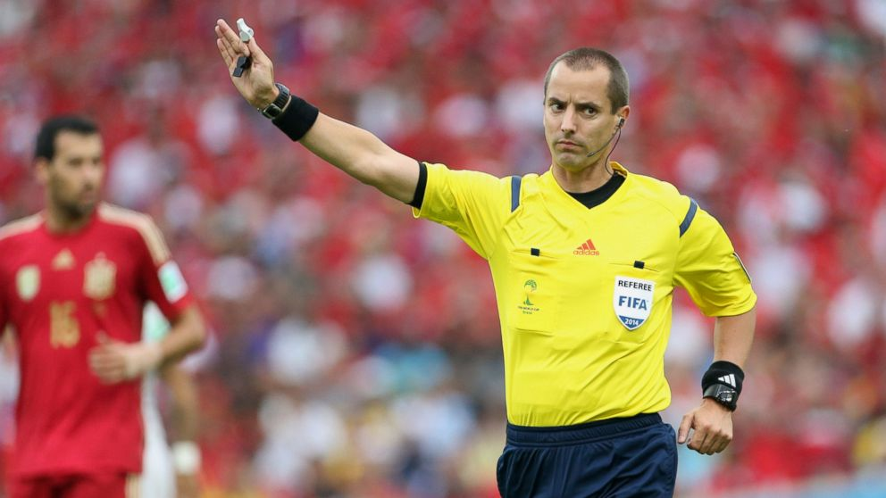 PHOTO: US referee Mark W. Geiger in action during the 2014 FI