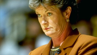 PHOTO: Head coach Pat Summitt of the Tennessee Volunteers watches from the bench during the State Farm Womens Tip-Off Classic against the Purdue Boilermakers at the Mackey Arena in West Lafayette, Indiana.