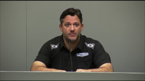 http://a.abcnews.com/images/Sports/ht_tony_stewart_mt_140929_16x9_608.jpg