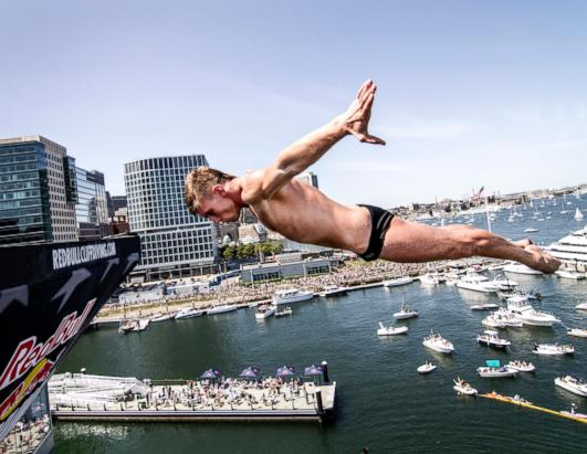 Red Bull Cliff Dive