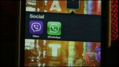 VIDEO: Experts predict the popular instant messaging application will reach 1 billion users by the end of this year.