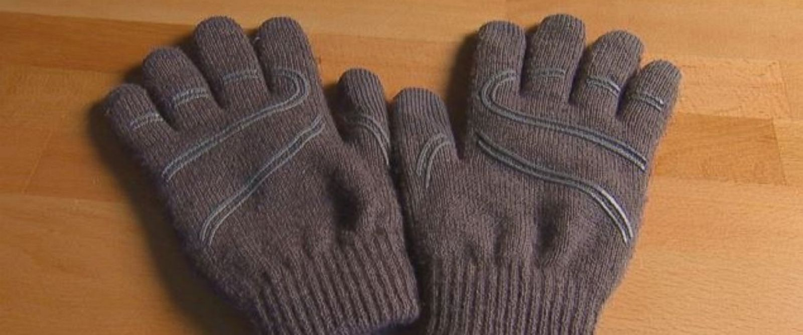 PHOTO: Wirecutter.com evaluated 12 pairs of touchscreen gloves to find out how well they work.