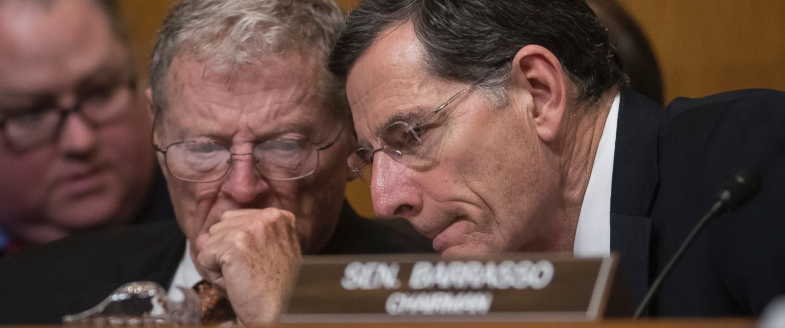 PHOTO: Senate Environment and Public Works Committee Chairman Sen. John Barrasso, right, confers with Sen. James Inhofe on Capitol Hill in Washington, Jan. 18, 2017.