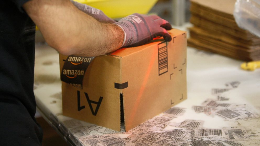 PHOTO: An employee ships packages from the Amazon San Bernardino Fulfillment Center, Oct. 29, 2013, in San Bernardino, Calif.