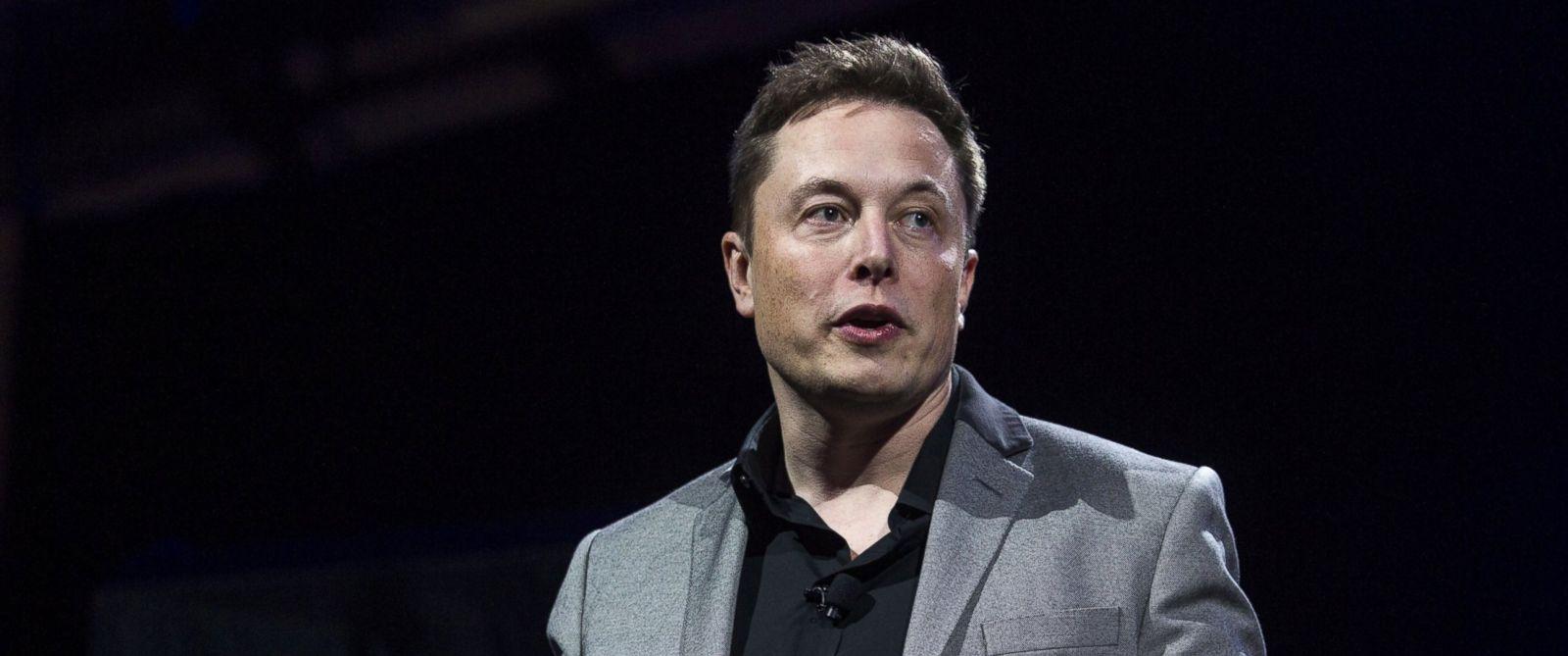 PHOTO: Elon Musk, CEO of Tesla Motors Inc., in Hawthorne, California, April 30, 2015.