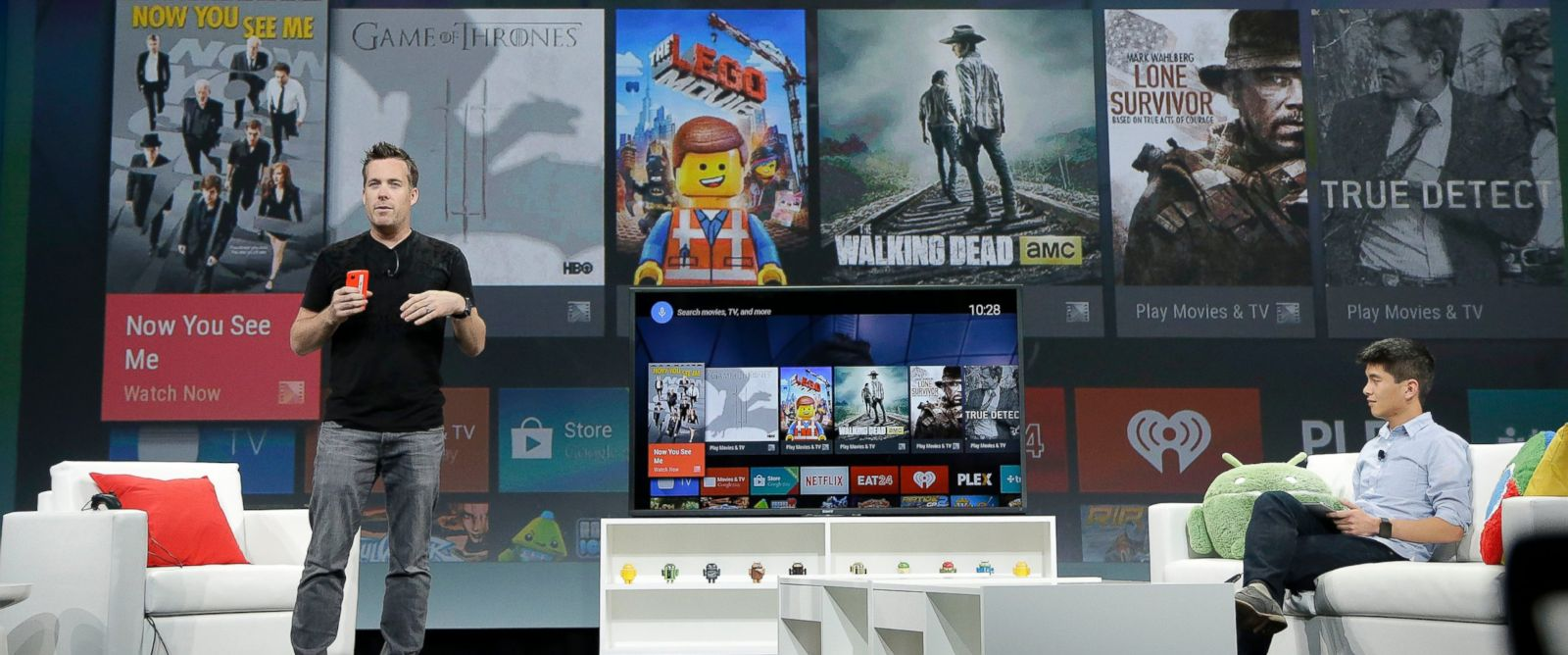 PHOTO: Dave Burke, left, director of engineering at Android, speaks about Android TV