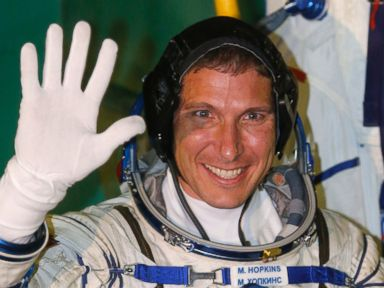 Space Smells and 4 Other Things We Learned From Astronaut Mike Hopkins