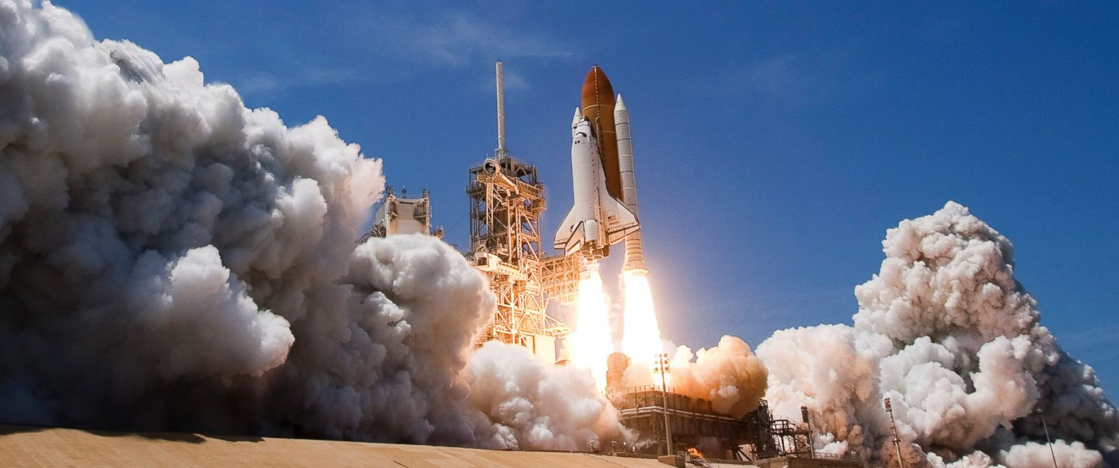 PHOTO: Space Shuttle Atlantis lifts off of launch pad 39-a at Kennedy Space Center for its final scheduled launch on May 14, 2010, in Cape Canaveral, Florida.