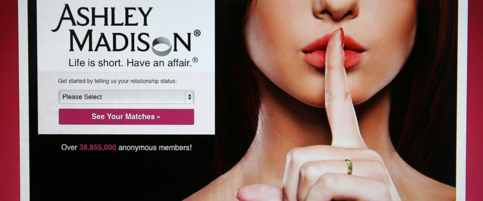 PHOTO: The Ashley Madison website is displayed on Aug. 19, 2015 in London.