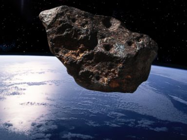 Asteroid on Course for Close Encounter With Earth