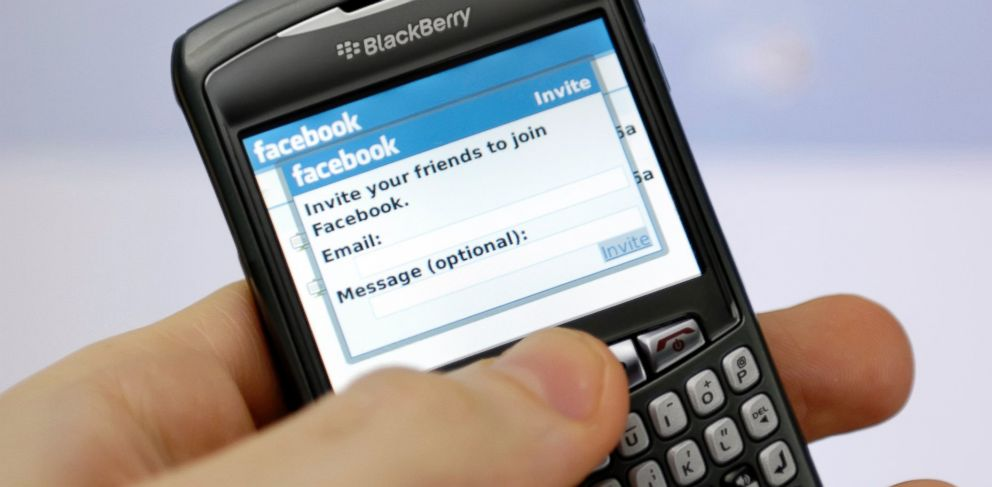 PHOTO: Facebook reportedly met with BlackBerry about a potential bid.