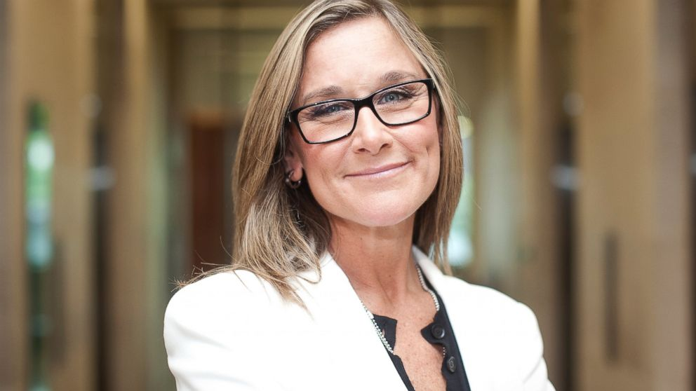 Apple (AAPL) Hires Burberry CEO Angela Ahrendts to Oversee Retail Stores