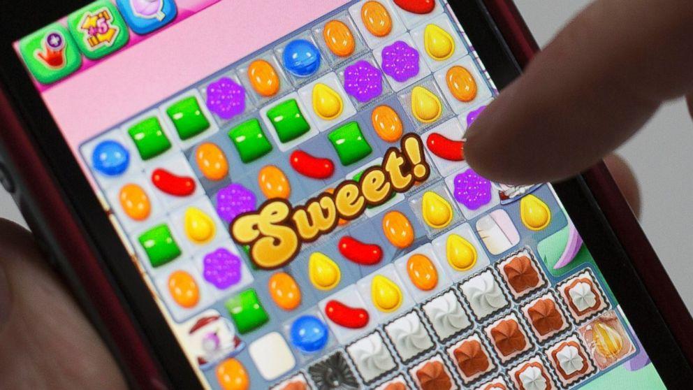 PHOTO: A user plays Candy Crush Saga on Feb.