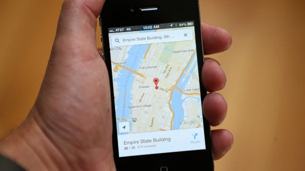 PHOTO: The Google Maps app is seen on an Apple iPhone 4S in this Dec. 13, 2012, file photo in Fairfax, Calif.