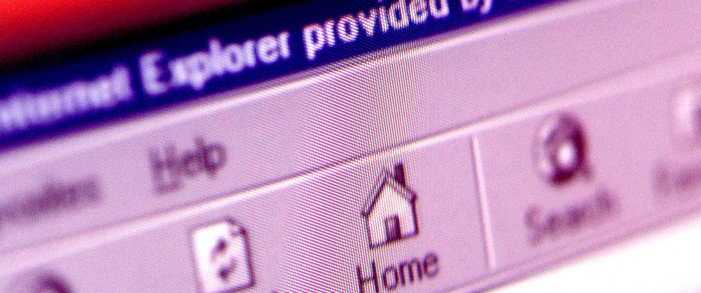PHOTO: A close up photo of an Internet Explorer page, taken April 13, 2001.