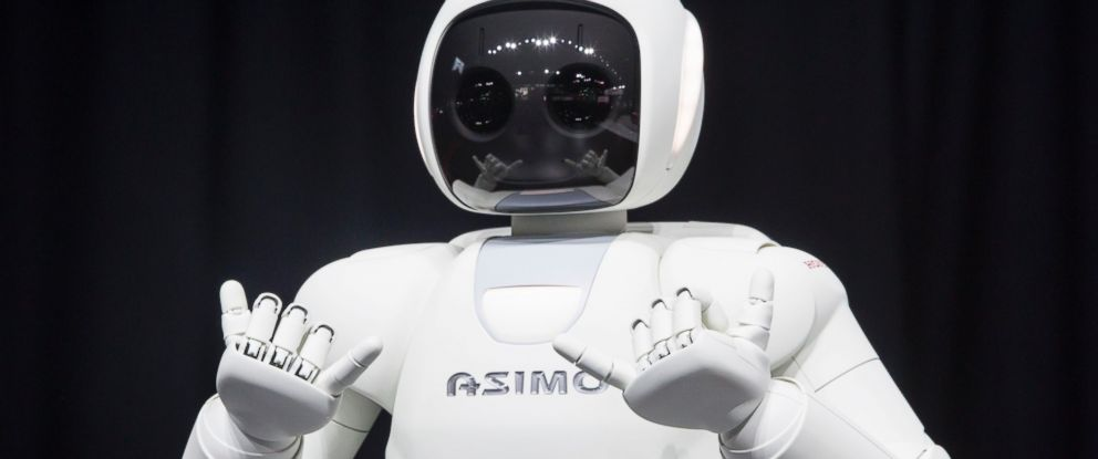 PHOTO: Honda Motors demonstrates its Asimo robot during a media preview of the 2014 New York International Auto Show in New York.