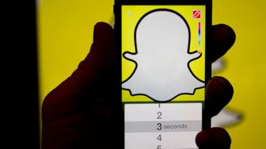 PHOTO: The Snapchat app is displayed for a photograph on an Apple Inc. iPhone 5s in Washington, Feb. 18, 2015.