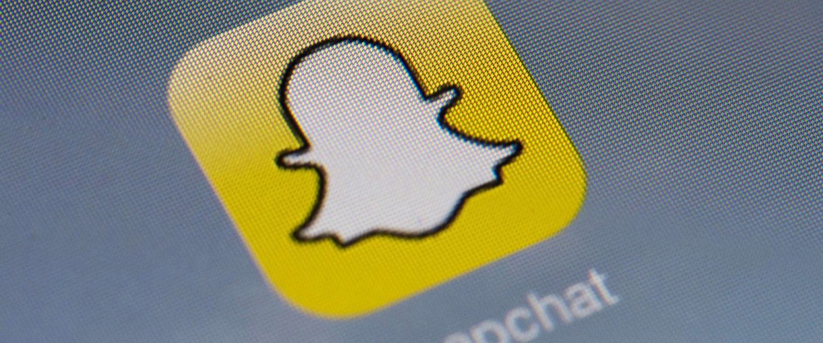 PHOTO: Snapchats logo is displayed on a tablet on Jan. 2, 2014 in Paris.