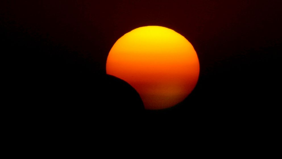 PHOTO: This picture taken on Nov. 3, 2013 shows a rare hybrid solar eclipse, in Arbil, Iraq.