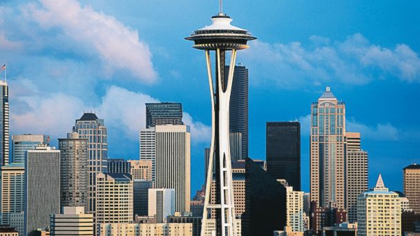 GTY space needle kab 140725 16x9 608 FAA Investigating Drone Incident at Seattles Space Needle