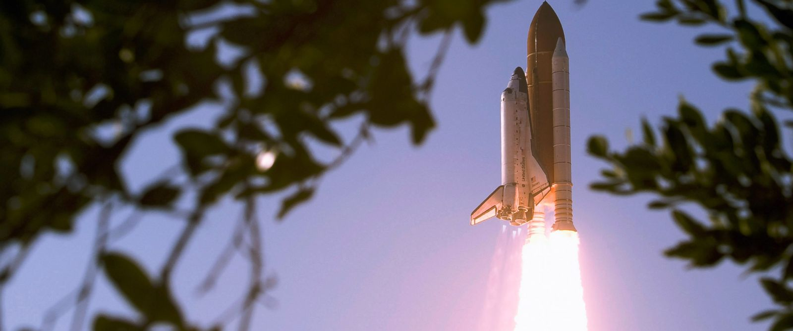PHOTO: Space shuttle Discovery lifts off from launch pad 39A at the Kennedy Space Center