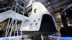 PHOTO: SpaceXs new seven-seat Dragon V2 spacecraft is seen at a press conference to unveil the new spaceship, in Hawthorne, Calif., May 29, 2014.