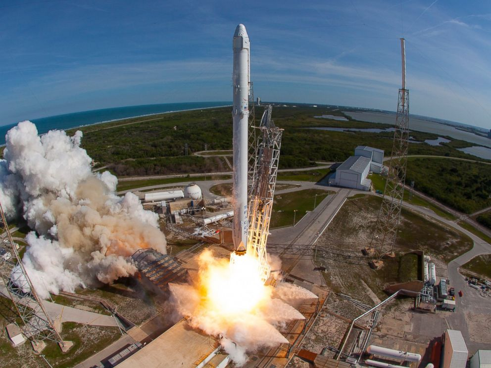 PHOTO: SpaceXs Falcon 9 rocket and Dragon spacecraft lift off from Launch Complex 40 at the Cape Canaveral Air Force Station for their eighth official Commercial Resupply (CRS) mission, April 8, 2016, in Cape Canaveral, Florida.