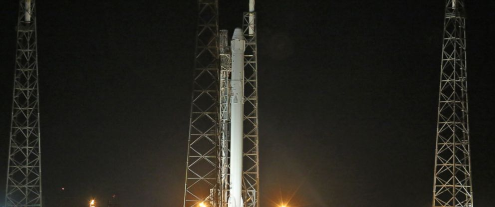 PHOTO: A SpaceX Falcon 9 rocket is poised on Launch Pad 40 in Cape Canaveral, Fla., Monday, Jan. 5, 2014.