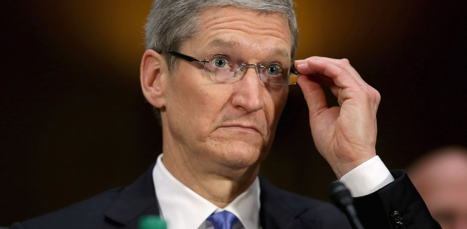 PHOTO: Apple CEO Timothy Cook testifies before the Senate Homeland Security and Governmental Affairs Committees Investigations Subcommittee on Capitol Hill, May 21, 2013, in Washington.