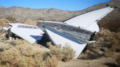 PHOTO: Debris from Virgin Galactic SpaceShip 2 sits in a desert field on Nov. 2, 2014 north of Mojave, Calif.