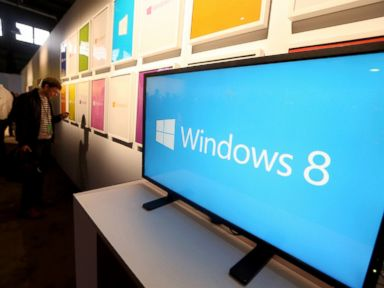 Ex-Microsoft Employee Arrested for Giving Out Windows 8 Code
