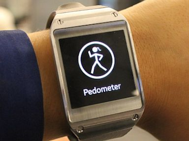 PHOTO: galaxy gear, pedometer