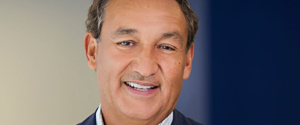 PHOTO: Oscar Munoz, president and chief executive officer of United Airlines.