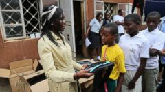 VIDEO: Solar Powered Backpacks Light Up Students Lives