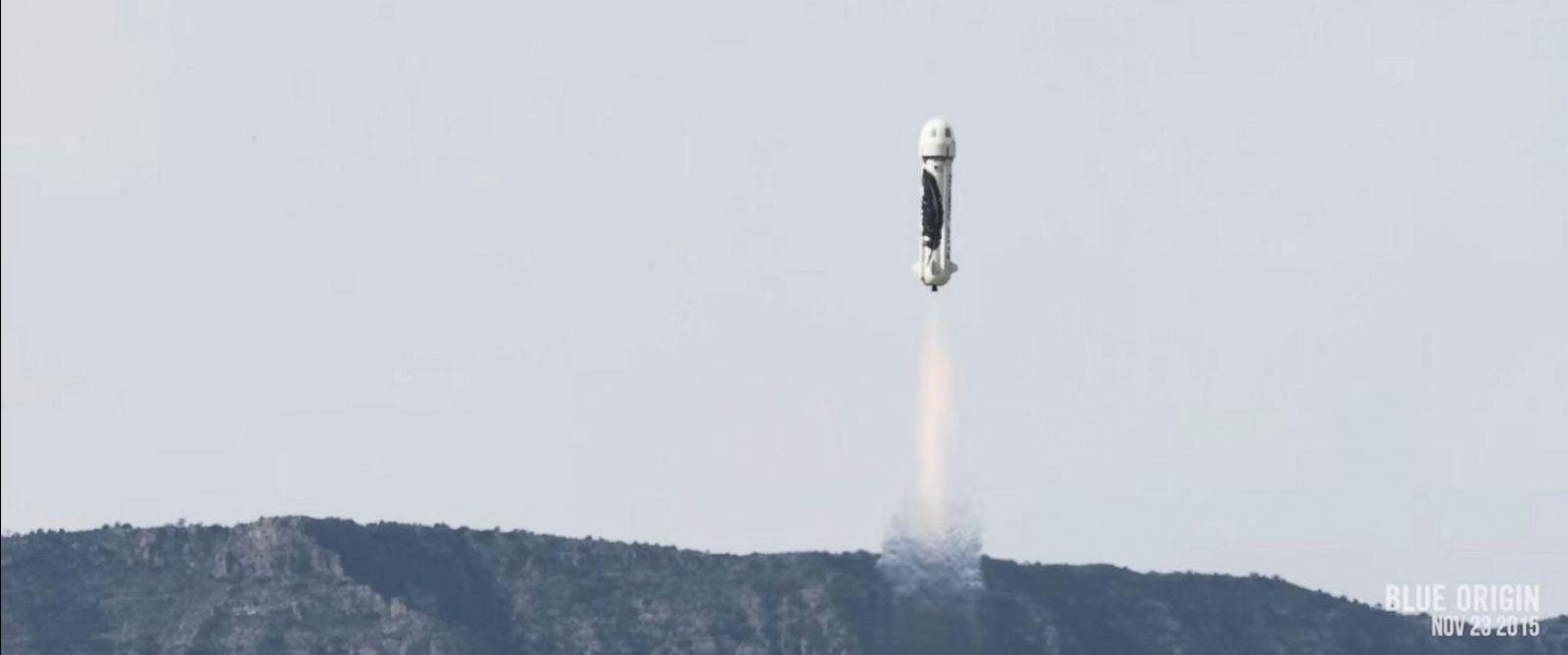 HT blue origin Rocket launch 03 mm 151124 12x5 1600 - Watch Jeff Bezos Blue Origin Launch Its New Shepard Rocket