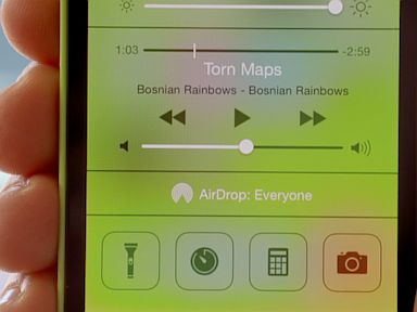 PHOTO: Control Center in iOS 7