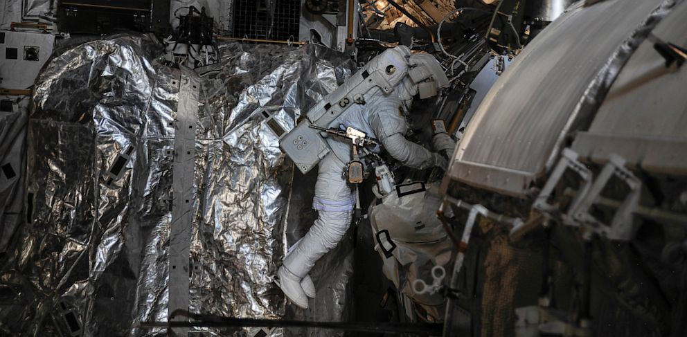 PHOTO: NASA Astronaut Nearly Drowns In Space