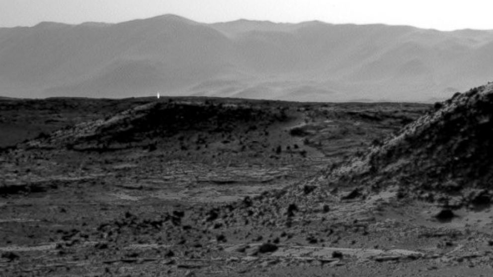 HT mars light jef 140408 16x9 992 Instant Index: Life on Mars? How Else to Explain This Mars Rover Picture?