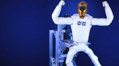 PHOTO: NASA has built and is sending a set of high-tech legs up to the International Space Station for Robonaut 2 (R2), the stations robotic crew member.
