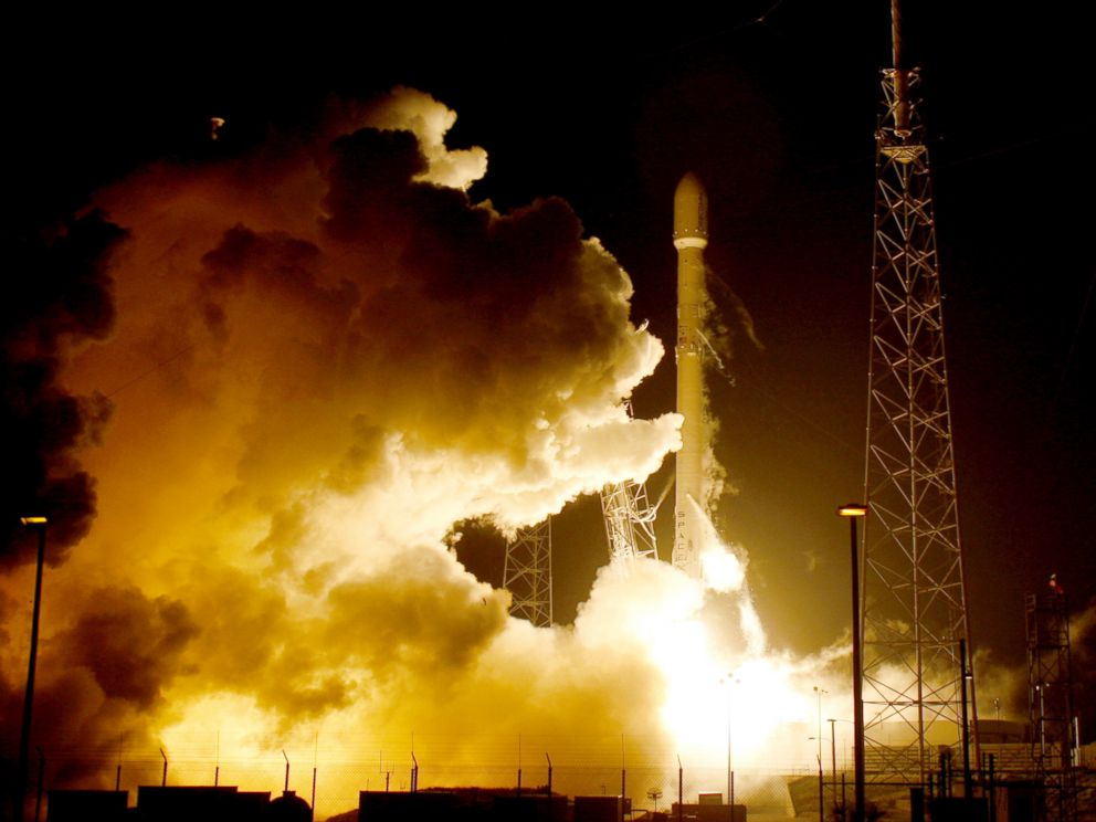 PHOTO:A remodeled version of the SpaceX Falcon 9 rocket lifts off at the Cape Canaveral Air Force Station on the launcher?s first mission since a June failure in Cape Canaveral, Fla., Dec. 21, 2015.