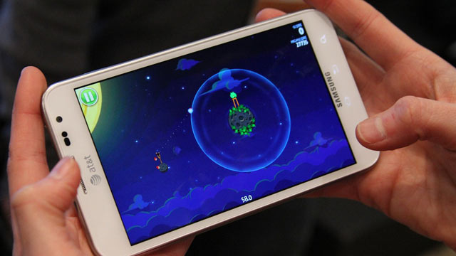 PHOTO: Rovios new Angry Birds Space demoed at SXSW.