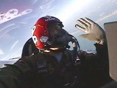 VIDEO: ABC News Ned Potter describes the sensation of flying over Floridas coast.