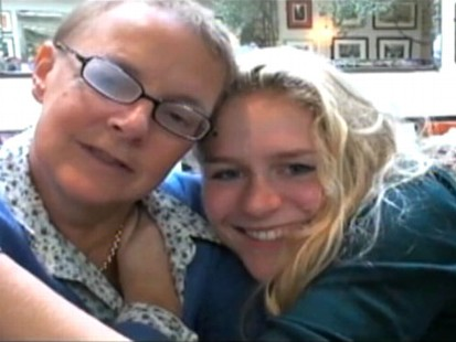 VIDEO: A tribute to a mother who died from cervical cancer has become popular on YouTube.