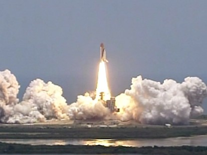 VIDEO: Shuttle Atlantis launches on mission to repair the Hubble telescope.